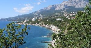 Стоит ли вкладывать средства в недвижимость Крыма?
